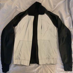 Lululemon jacket sz 2